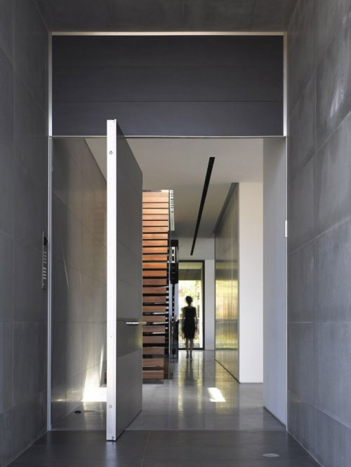 Top 10 right entry door designs 2018 interior exterior for Office front door design