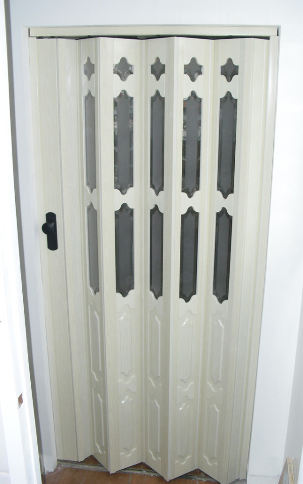 accordion doors 1