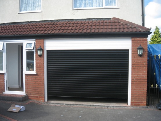residential roll up garage doors 3