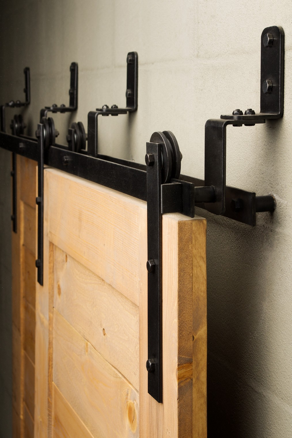21 Exciting Ways To Use Sliding Door Hardware To Spruce Up Your Property In