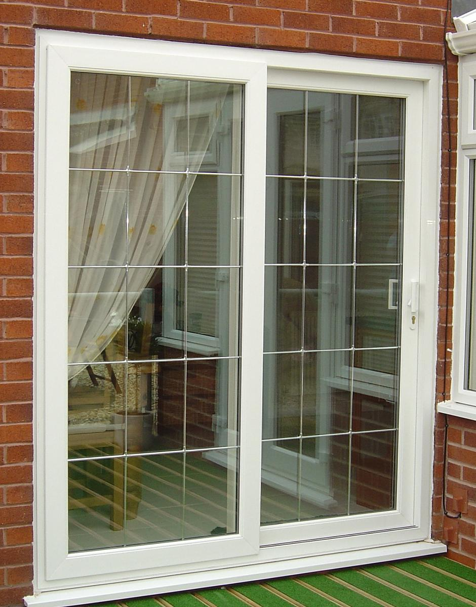 20 benefits of sliding patio doors interior exterior ideas for Sliding glass door to french door