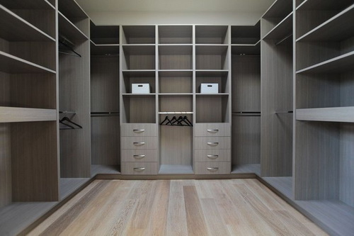 Contemporary-walk-in-closet-design-photo-9