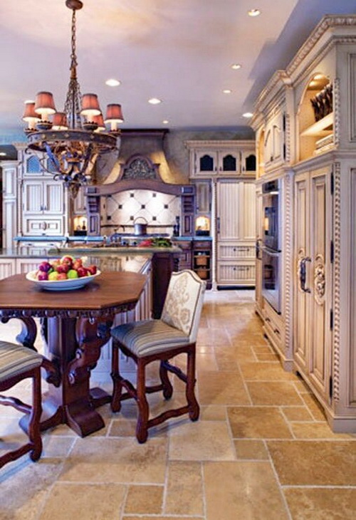French-country-kitchen-flooring-ideas-photo-4
