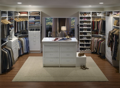 Huge-walk-in-closet-house-plans-photo-10