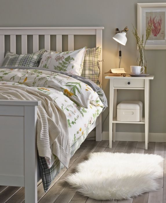 ikea-white-hemnes-bedroom-furniture-photo-6