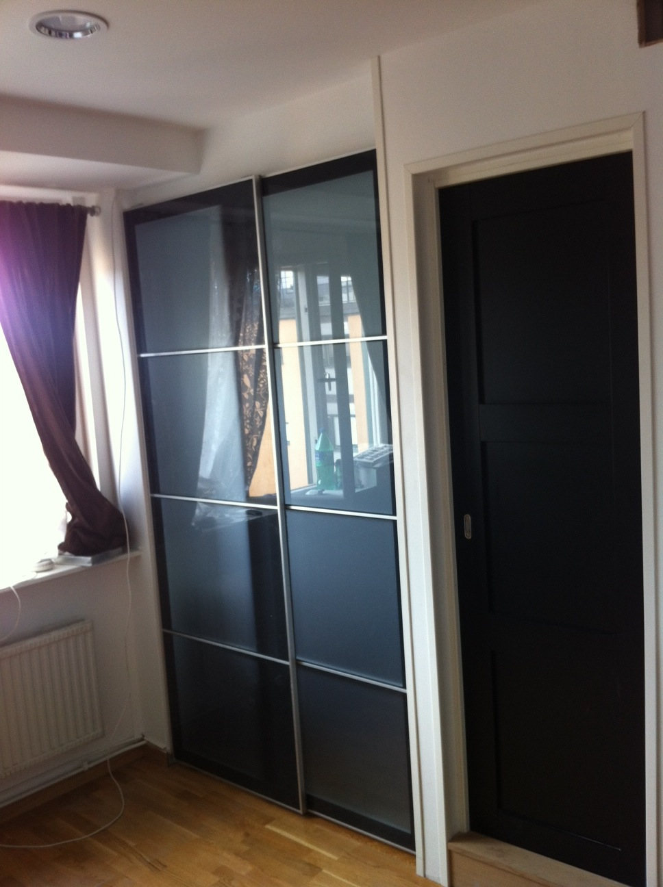 Interior sliding doors ikea 15 ways to make more out of for Inside sliding doors