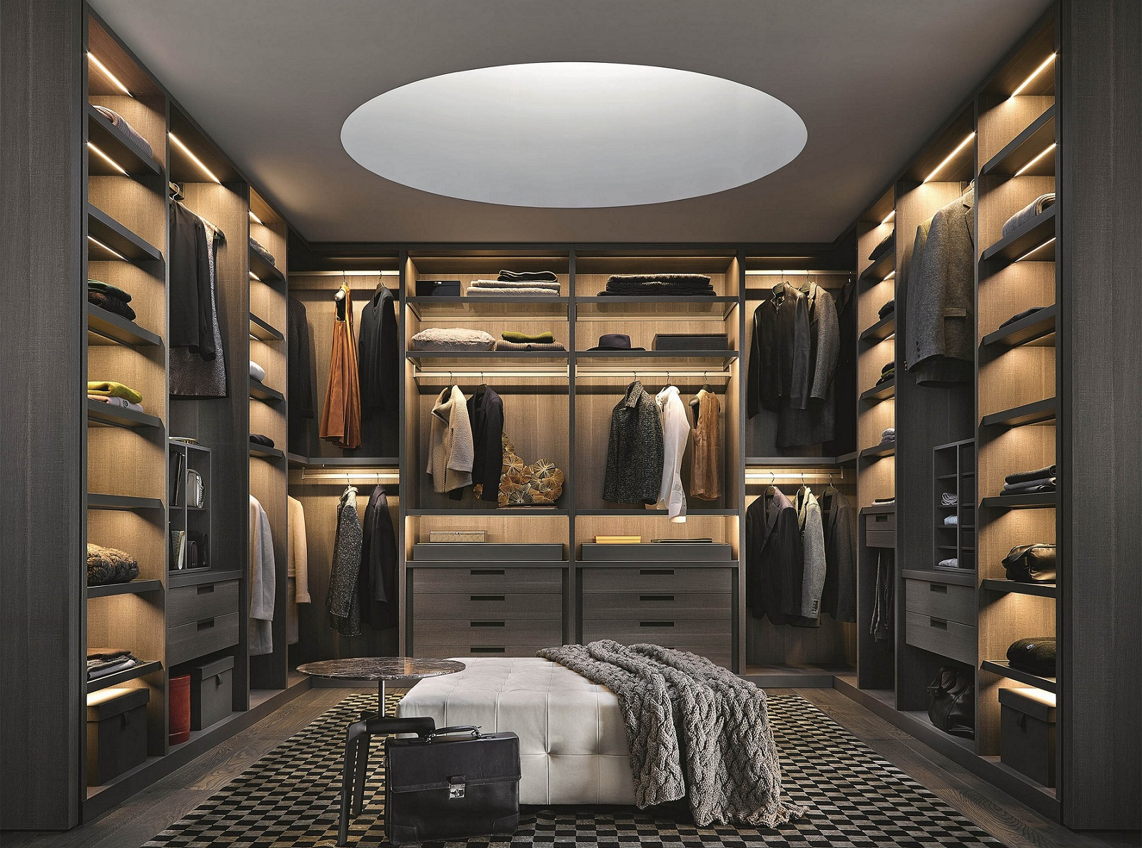 Large walk in closet design 17 tips for best choice for Walk in wardrobe design