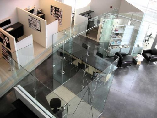 office-cubicle-glass-walls-photo-11