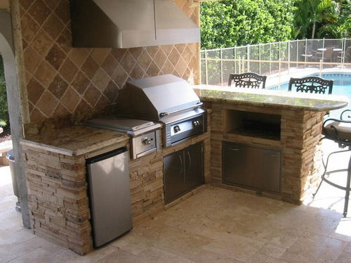 Outdoor kitchen ventilation necessity or modish trend for Outdoor kitchen backsplash ideas
