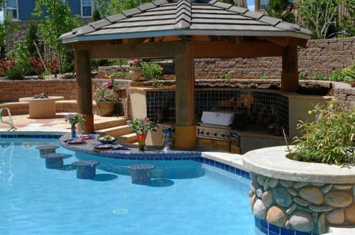 outdoor-pool-and-bar-designs-photo-7