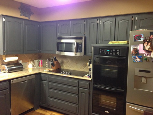Painting-kitchen-cabinets-good-idea-photo-19