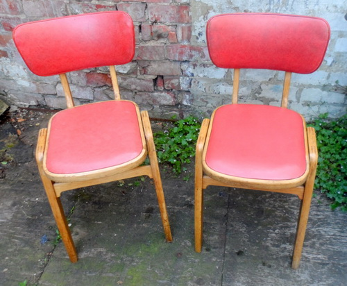 Retro-kitchen-chairs-photo-6