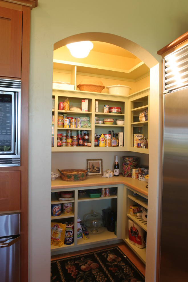 Small kitchen open pantry must have for all downsized for Pantry ideas for a small kitchen