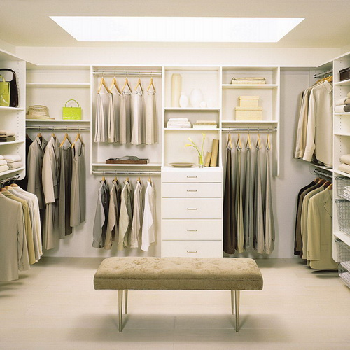 Small-walk-in-closet-design-layout-photo-10