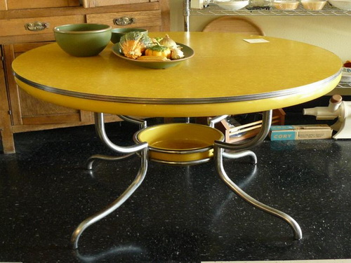 Vintage-kitchen-table-photo-10