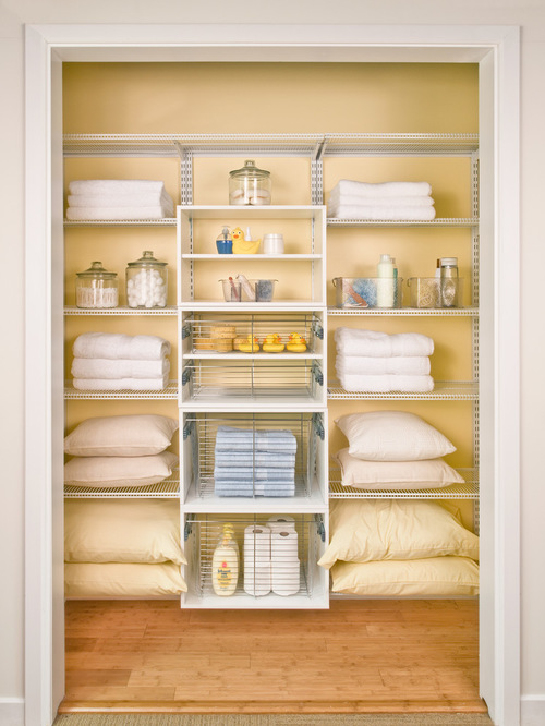walk-in-linen-closet-design-photo-6