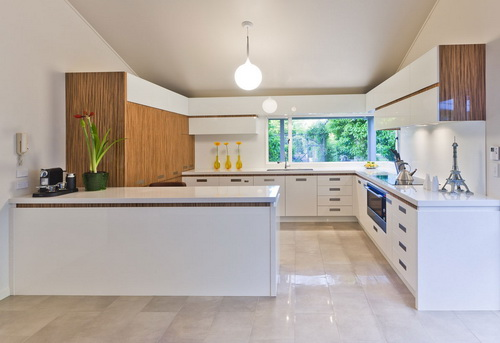 White-Modern-Kitchen-photo-17
