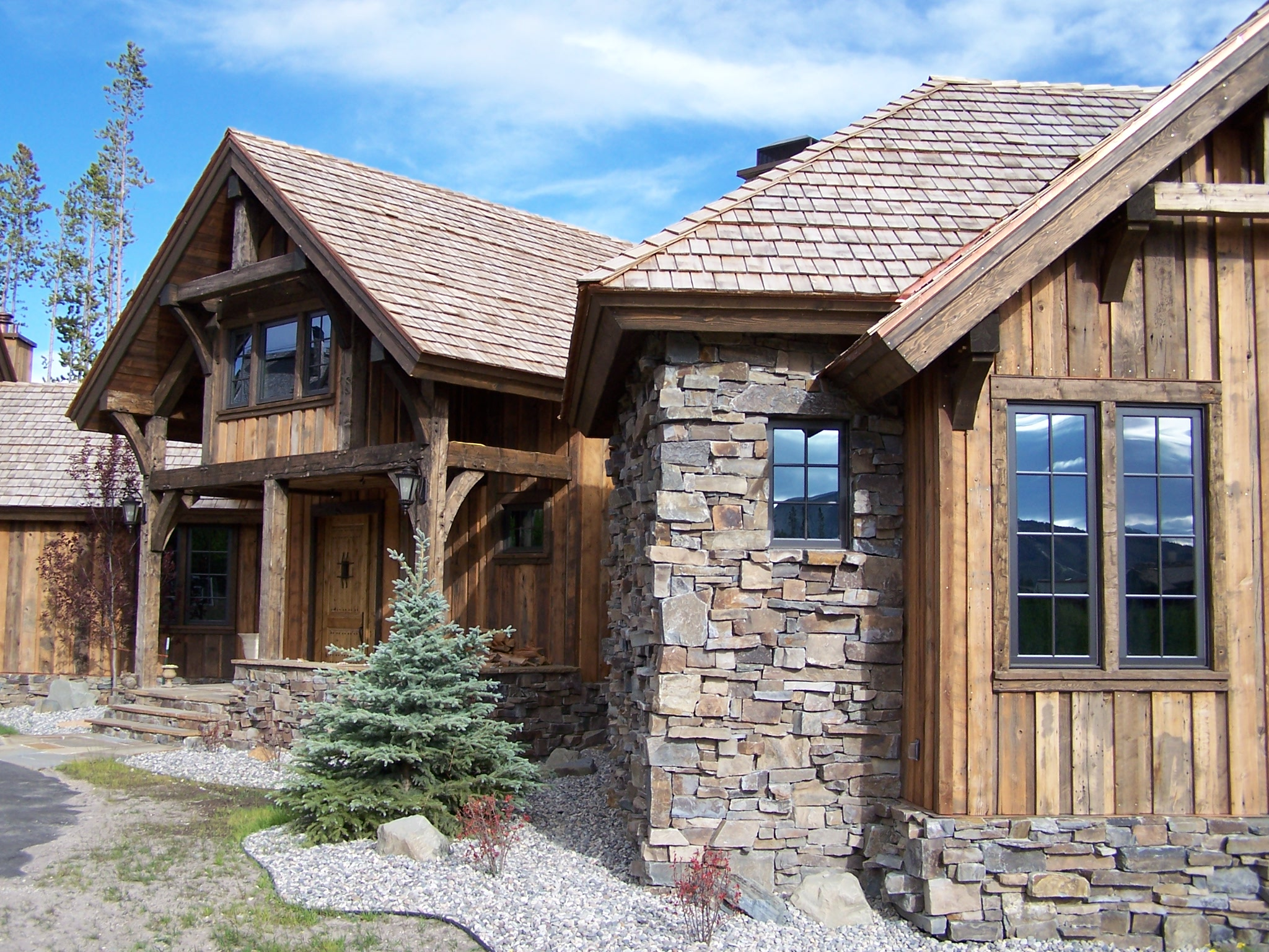 Exterior paint colors rustic homes a breath of fresh air for Rustic home builders