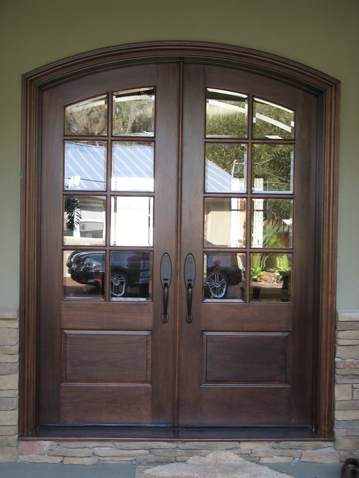 French exterior doors steel 20 inspiring photos for Steel front entry doors