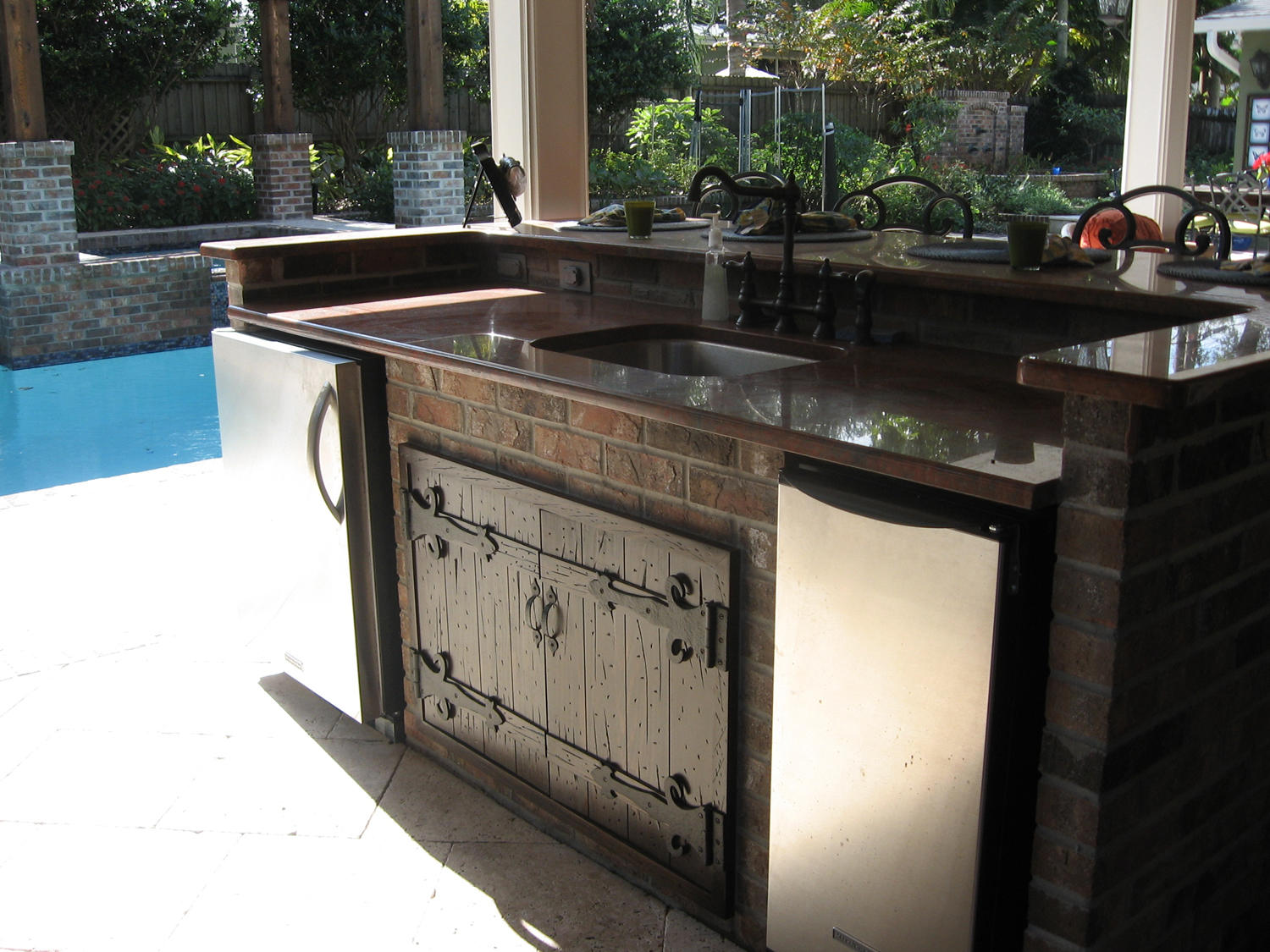 Outdoor Kitchen Wood Cabinets U2013 Your Best And Easy Outdoor Furniture