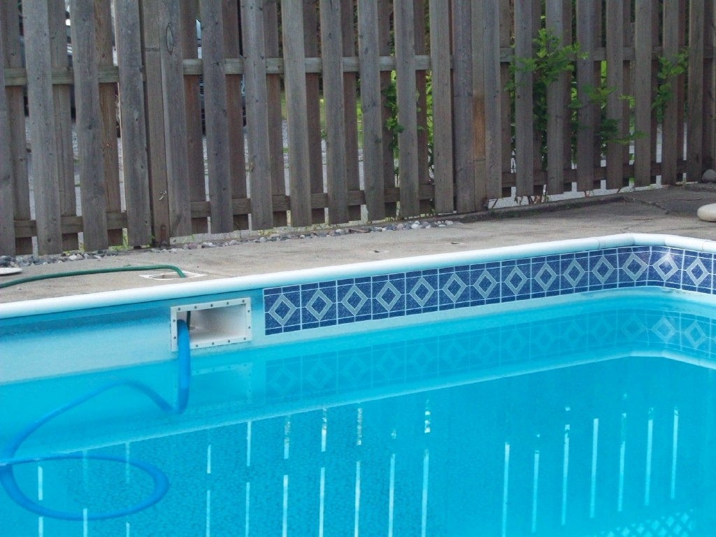 Reasons to install vintage swimming pool tile interior for Swimming pool tile pictures
