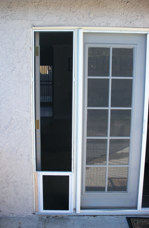 25 factors to consider before installing dog door for for Interior screen door