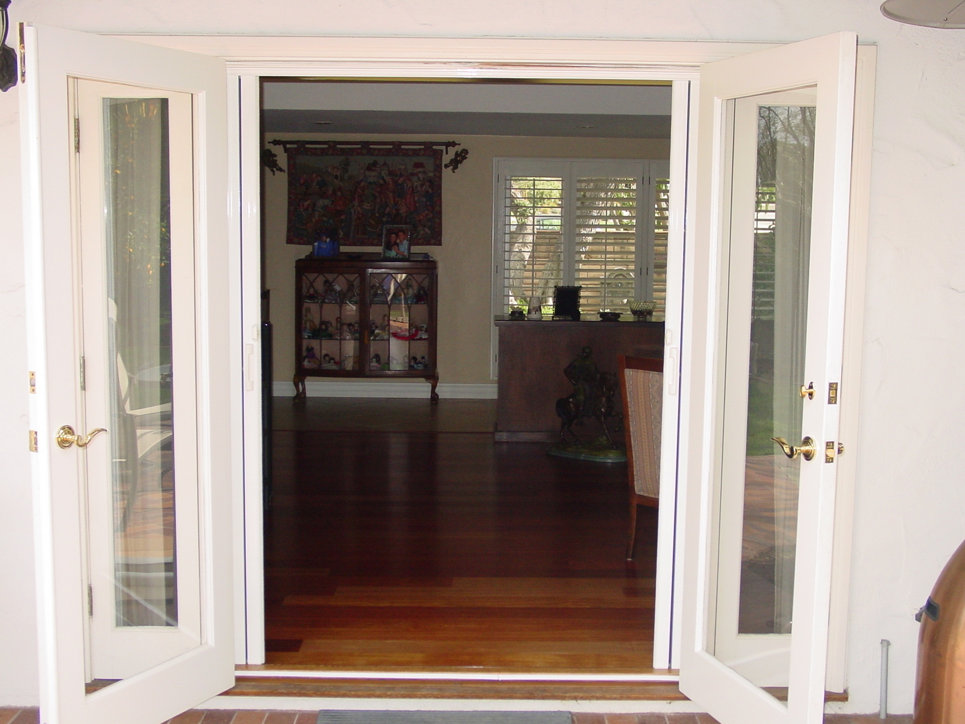 20 reasons to install french doors exterior andersen for Double opening front doors