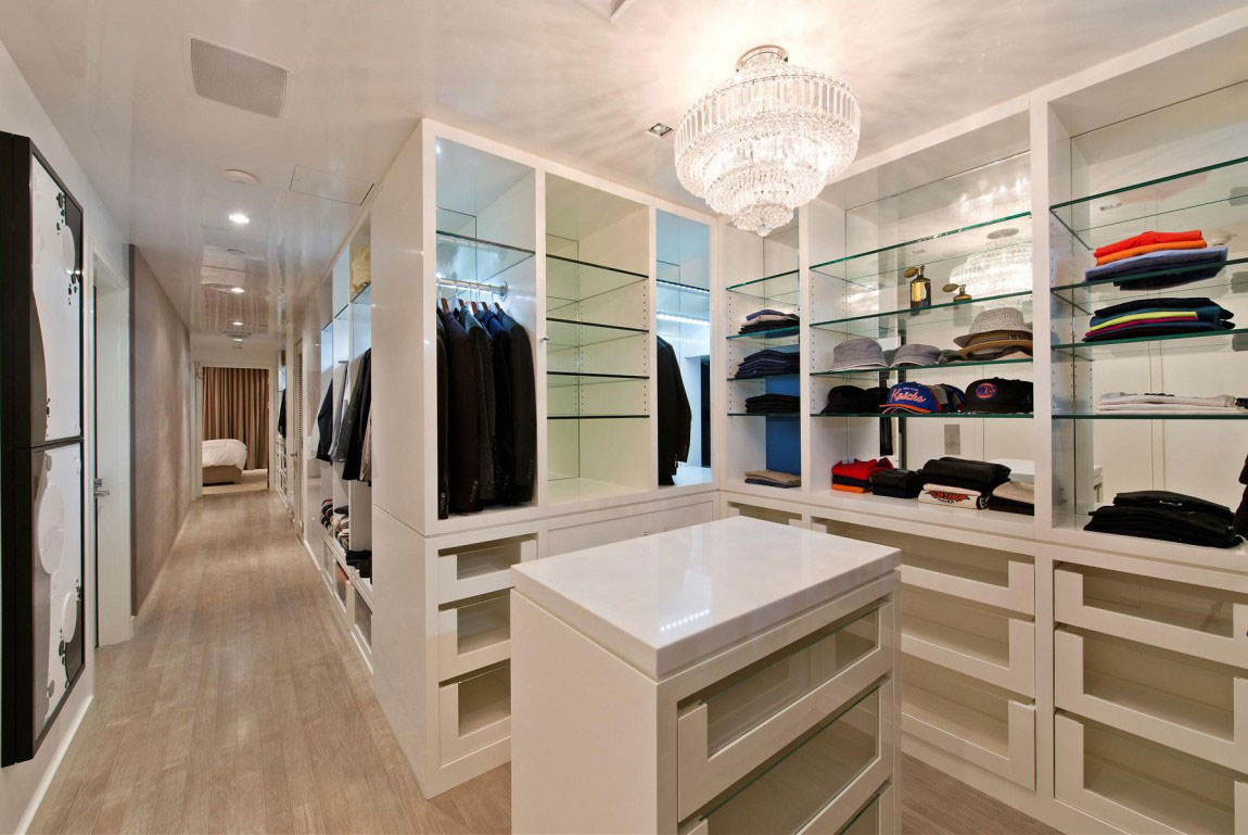Luxury Walk In Closet Luxury Walk In Closets Interesting Engrossing Guys Who Love Ir