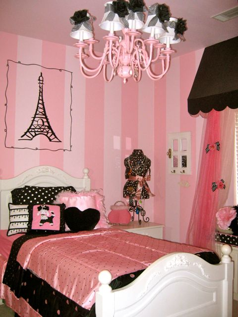 Blue and Pink Bedroom photo - 2