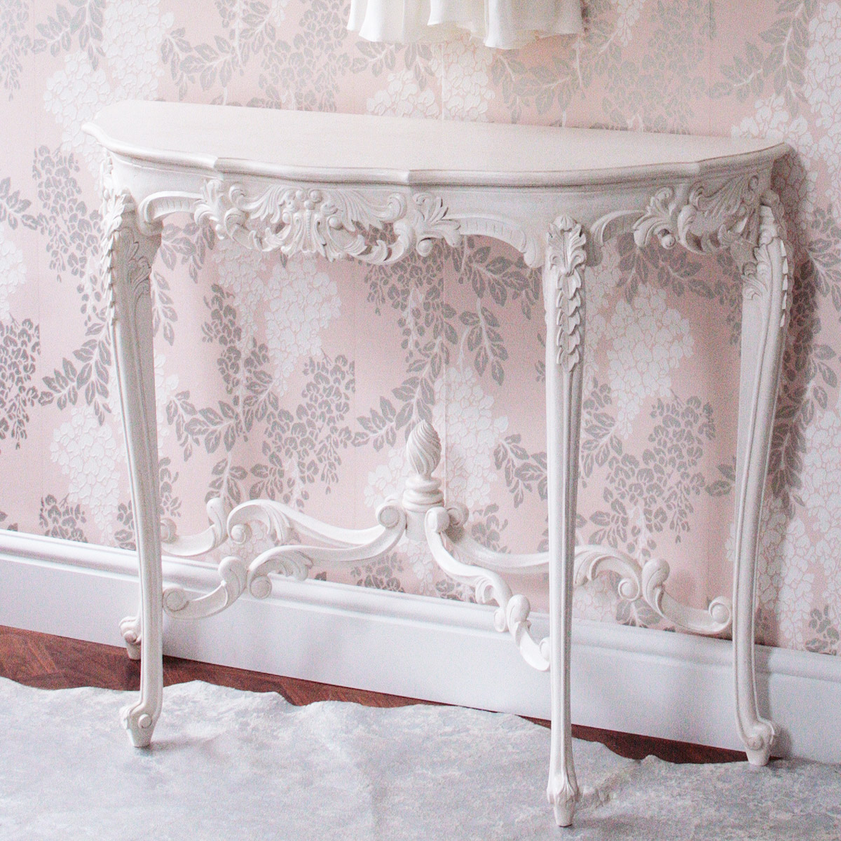 Console Tables Are Perfect For Placing In Any Room photo - 6