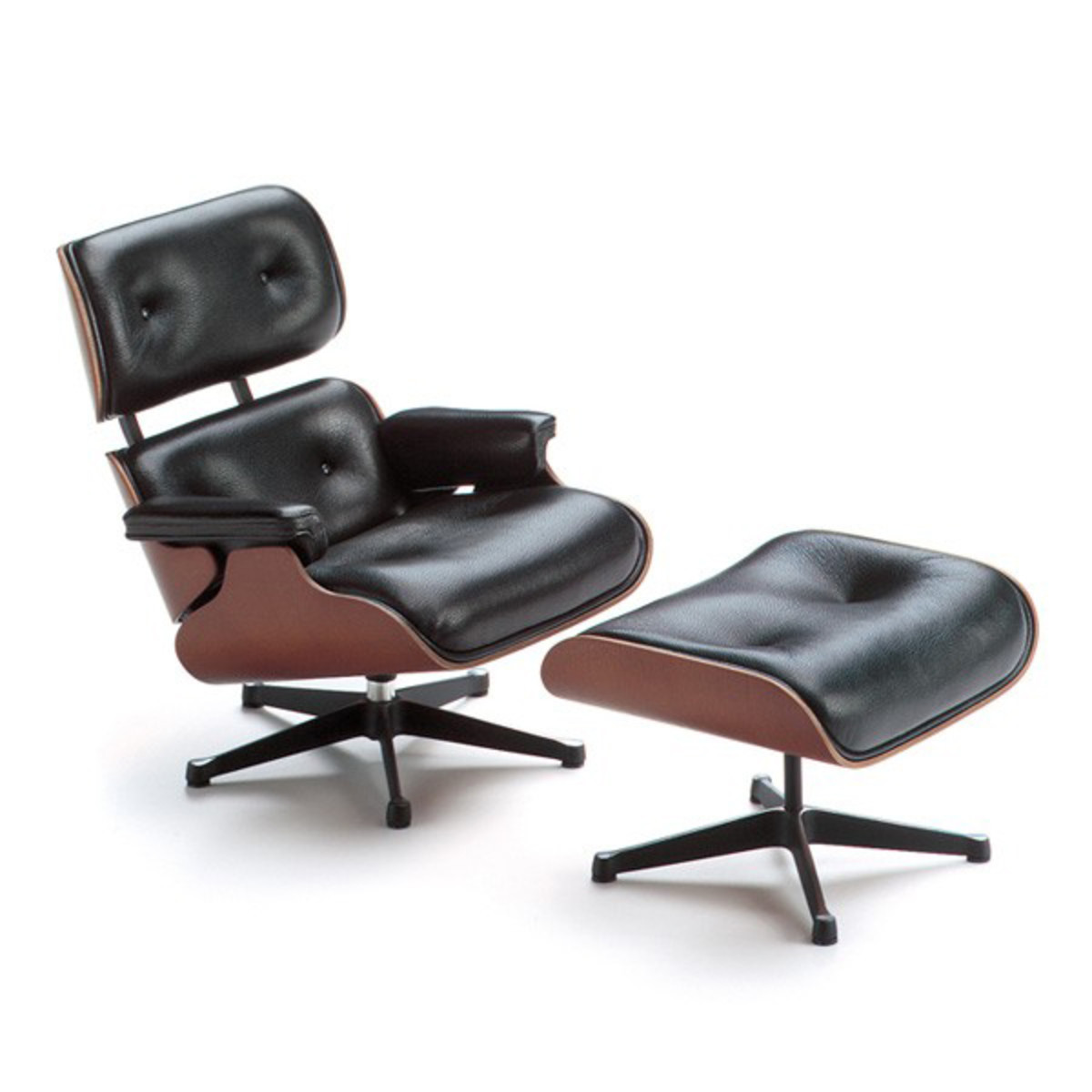 Earnes Lounge Chair photo - 6