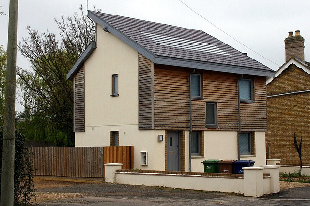 Eco House Tommy Walsh photo - 1