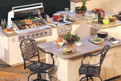 Entertain Like a Pro with an Outdoor Kitchen Island photo - 5