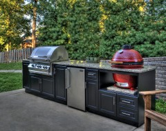 Entertain Like a Pro with an Outdoor Kitchen Island photo - 6