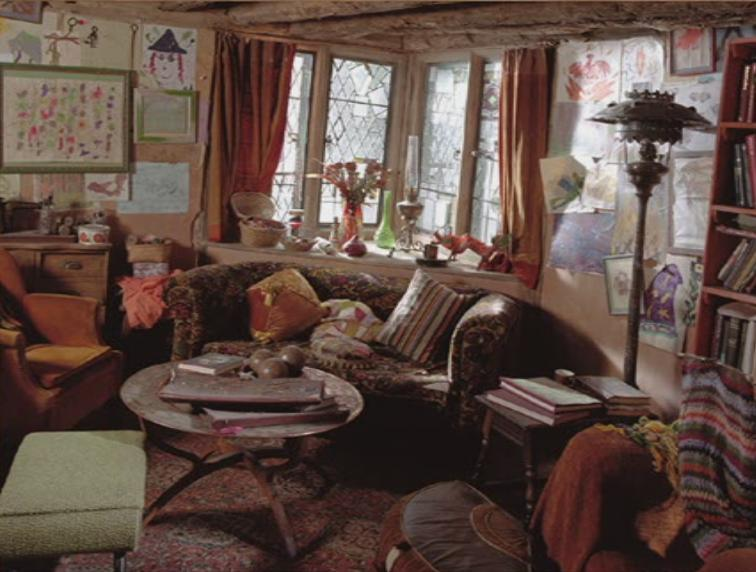 Harry Living Room photo - 6