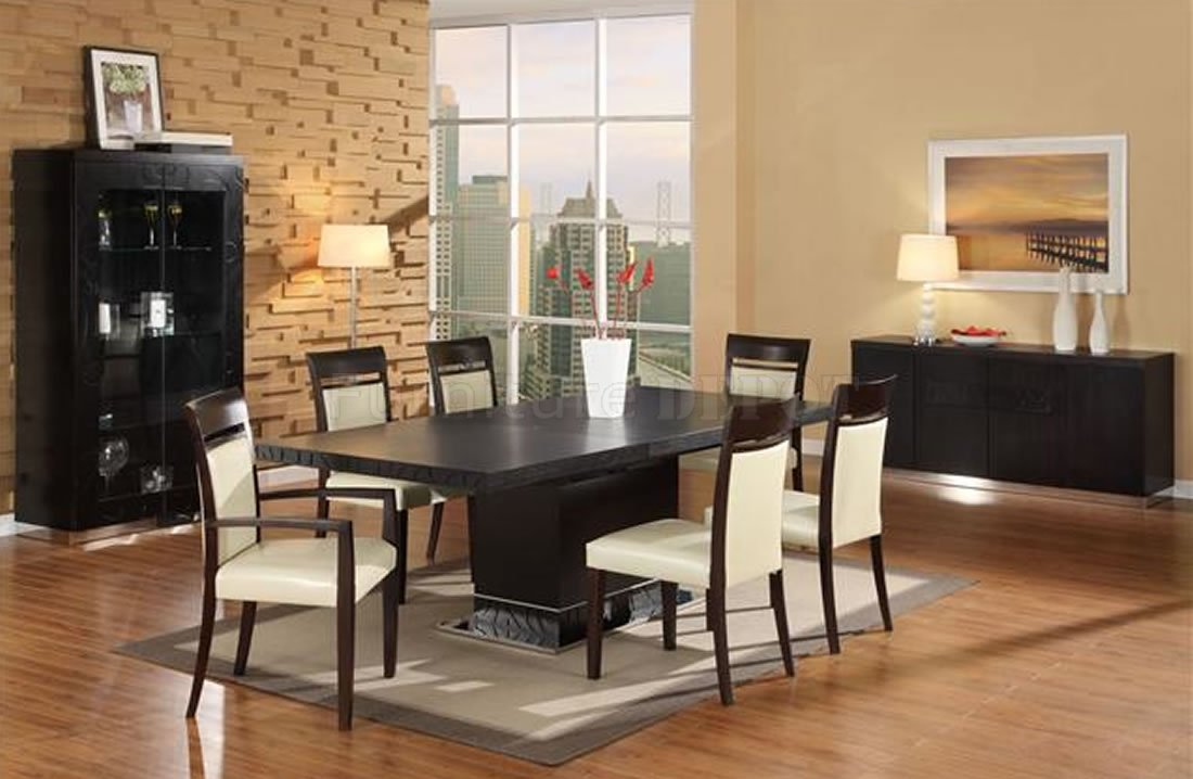 Modern Dining Room photo - 1