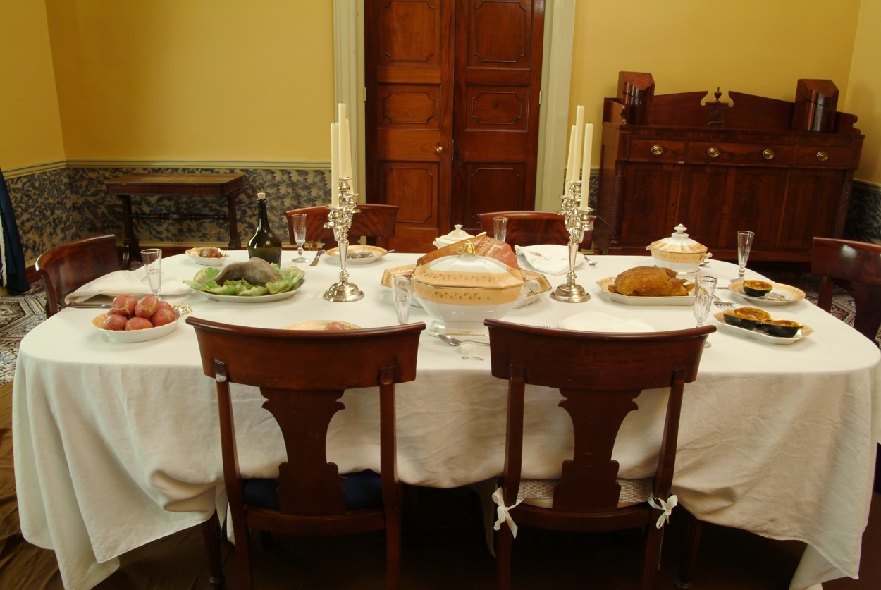 Sweet Great Simple Dining Room photo - 4