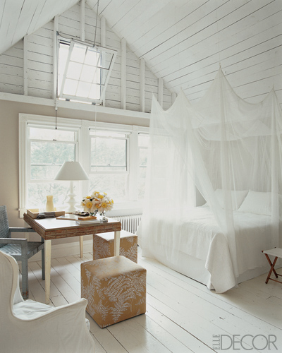 White and Wood Bedroom photo - 5