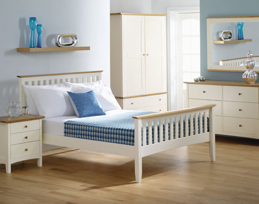 White and Wood Bedroom photo - 6