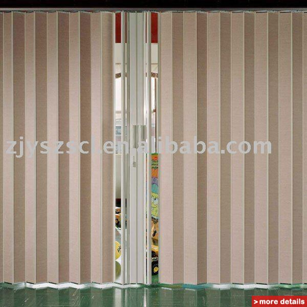 accordion folding doors photo - 4