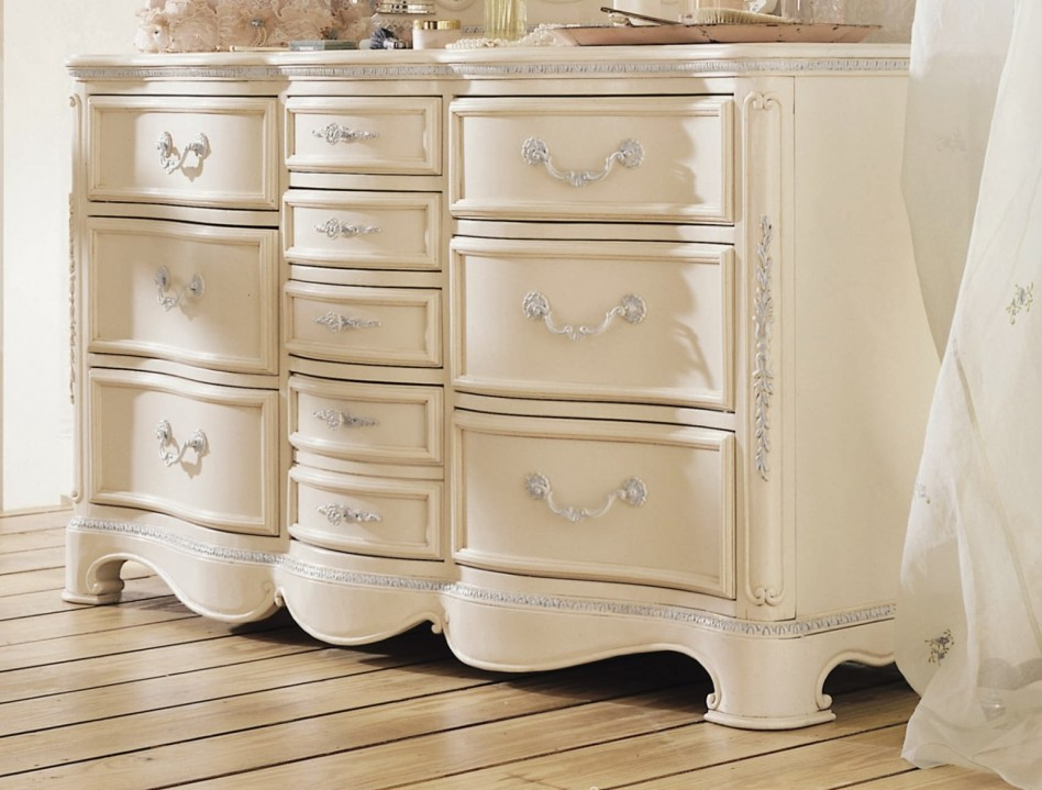 antique white bedroom furniture for kids photo - 5