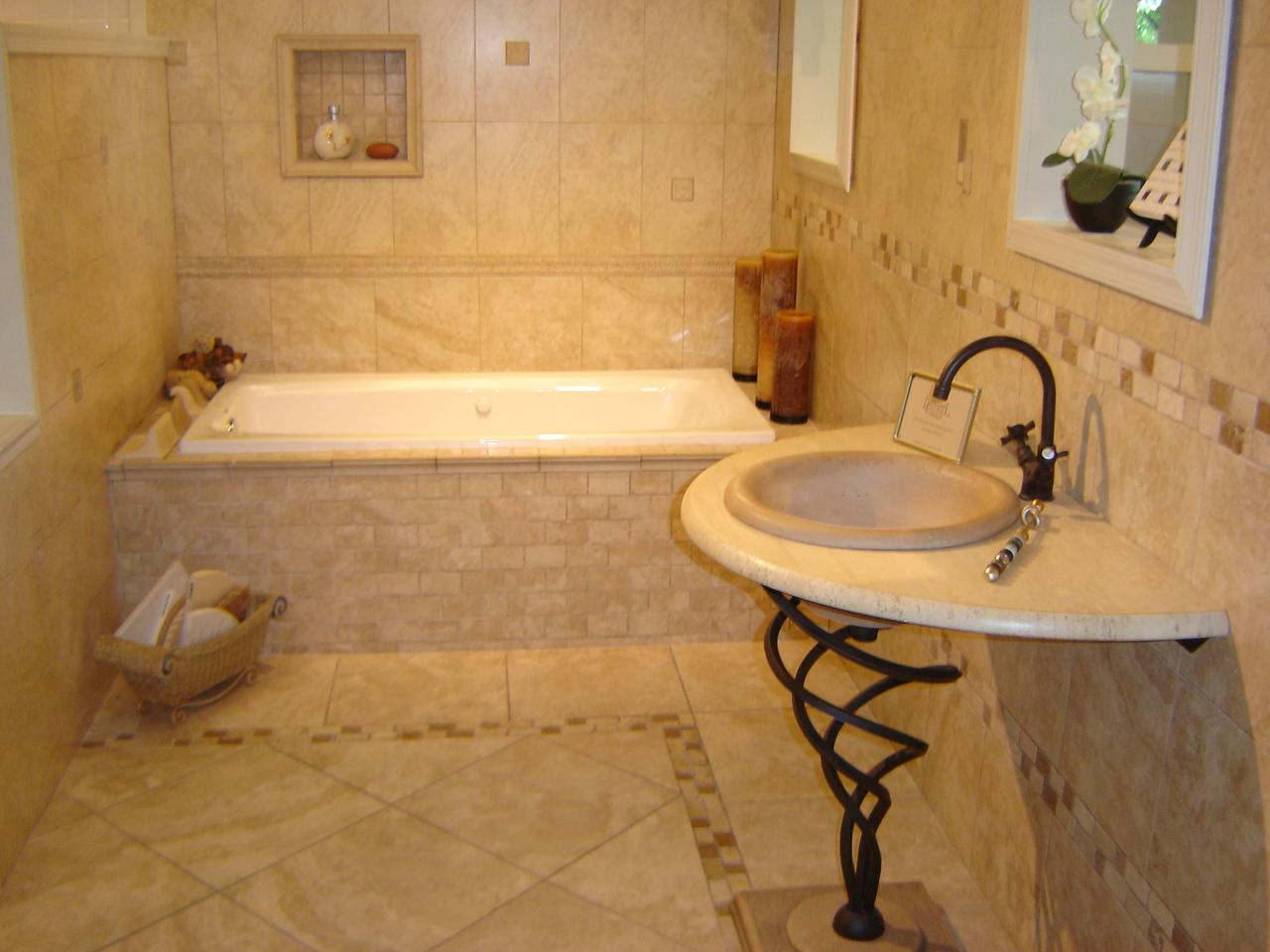 bathroom tile designs layout photo - 3