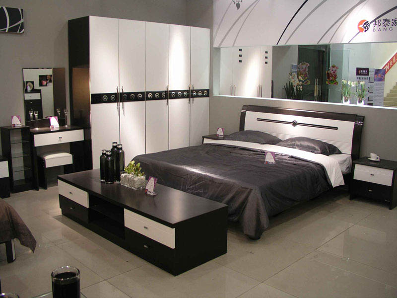 bedroom decorating ideas mirrored furniture photo - 4