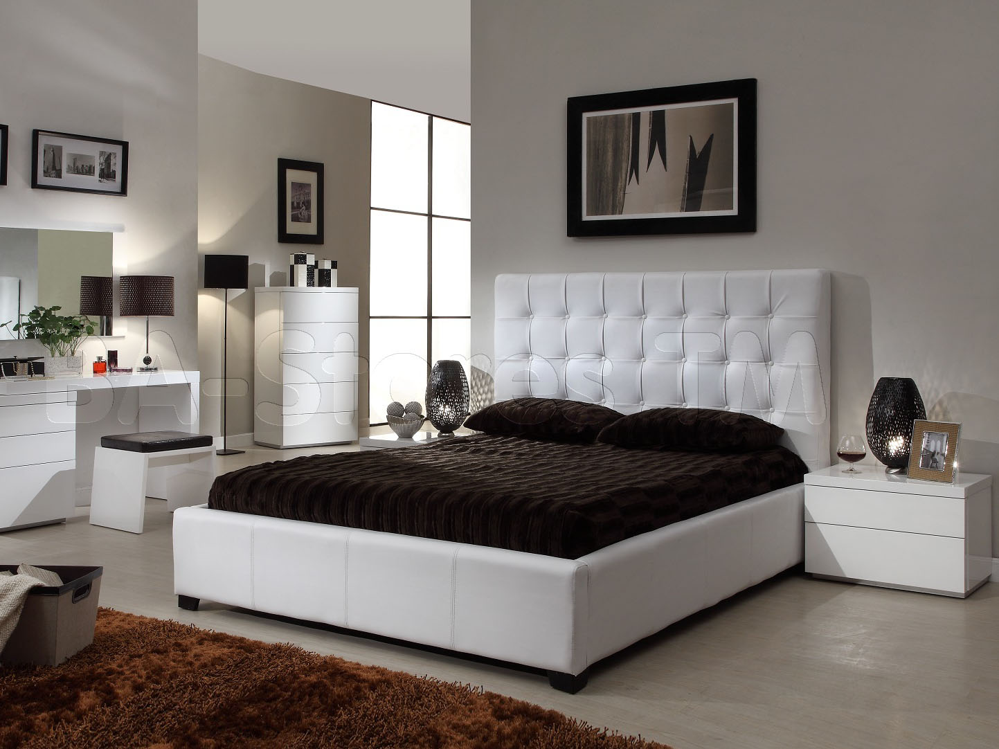 bedroom decorating ideas mirrored furniture photo - 5