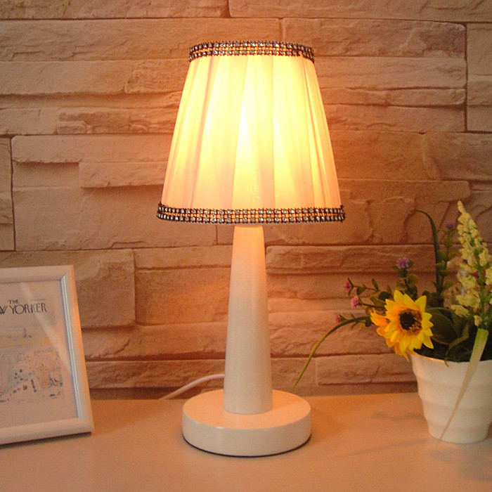bedroom desk lamp photo - 5