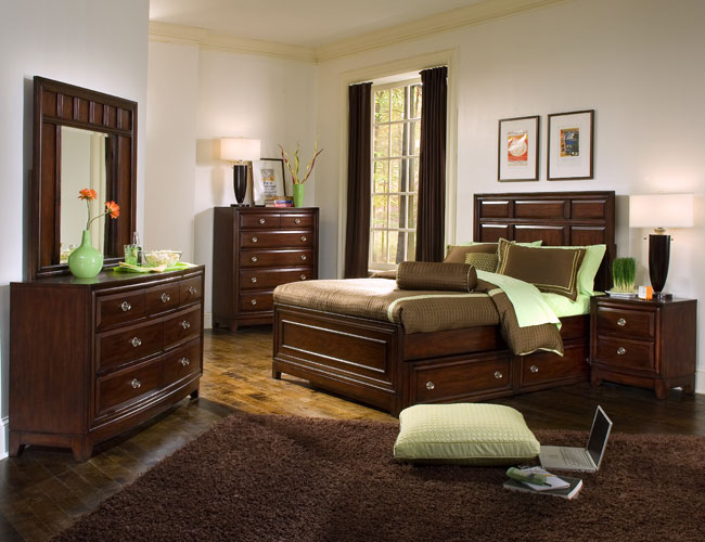Decorating Ideas > Bedroom Ideas With Brown Furniture  Interior & Exterior Doors ~ 125455_Bedroom Decorating Ideas With Brown Furniture