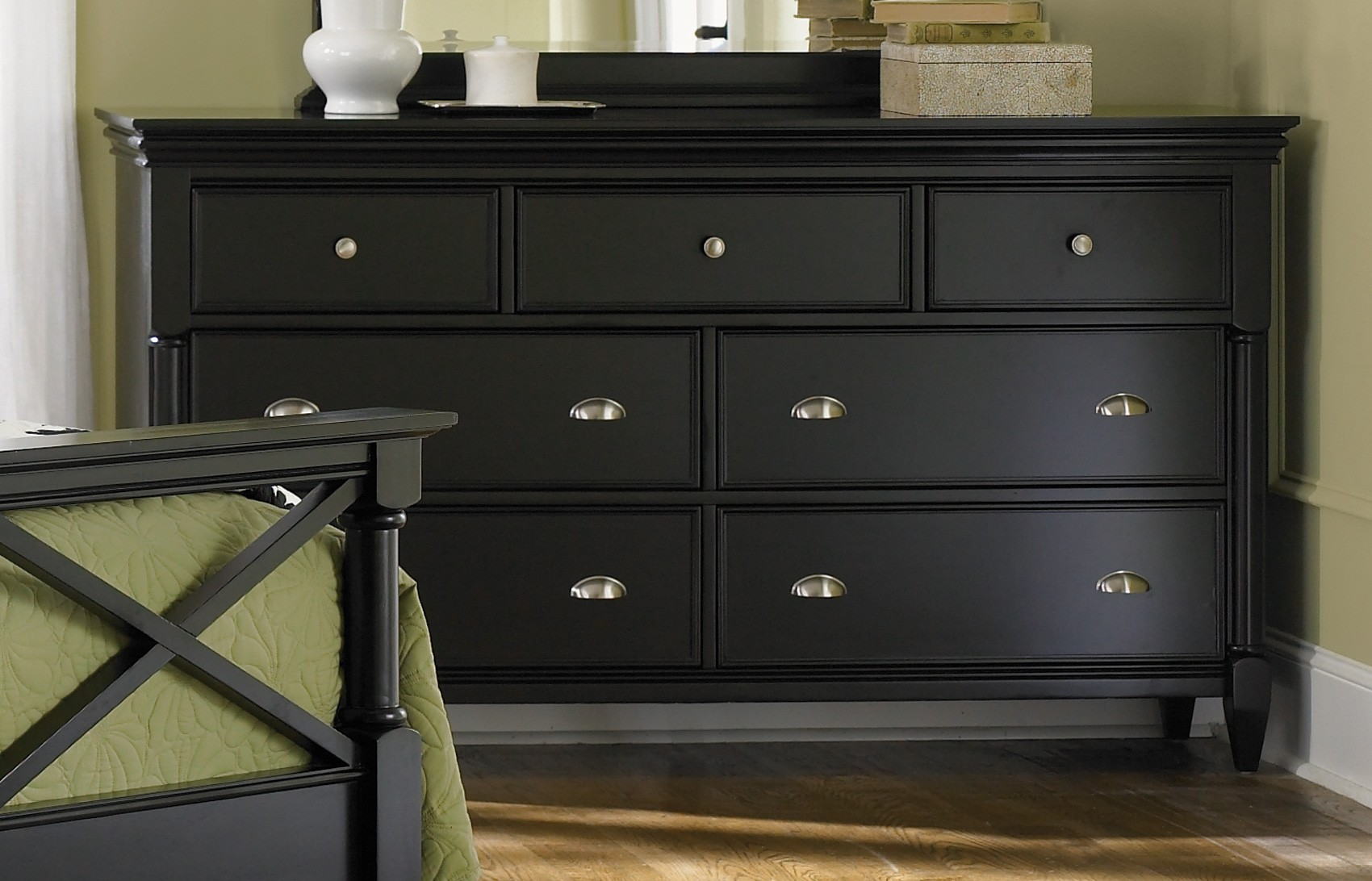 bedroom paint ideas black furniture photo - 4