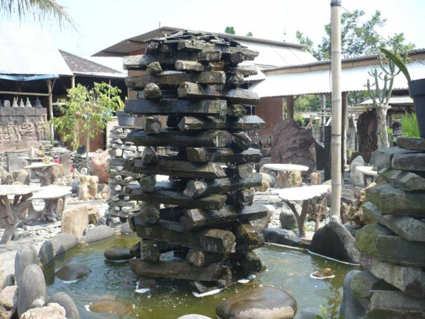 best outdoor garden fountains photo - 2