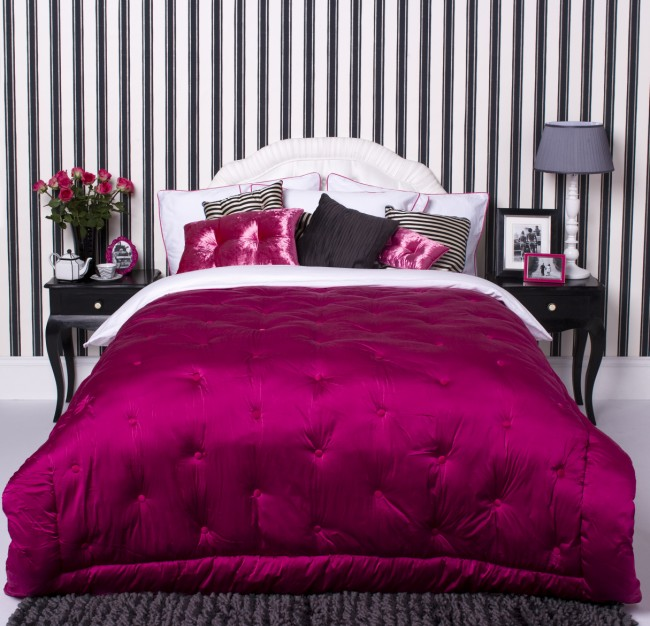Elegant Black And White Bedroom Designs Boys Bedroom Lighting Ideas Bedroom Colors For Couples Bedroom Arrangement Ideas Pictures: Create Elegant Look For Your Bedroom With Black & Pink