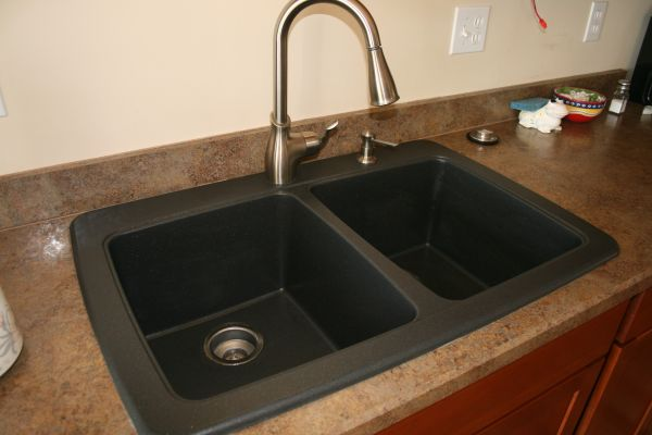 Black Composite Granite Kitchen Sink Photo   6